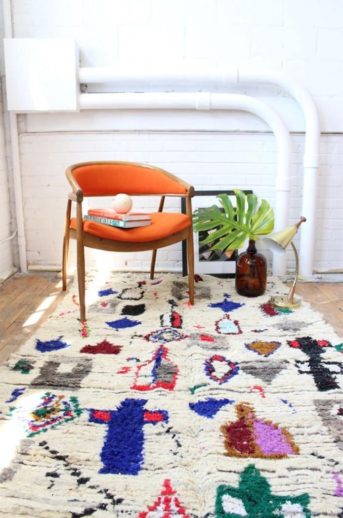 le tapis azilal est le nouveau beni ouarain rise and shine. Black Bedroom Furniture Sets. Home Design Ideas